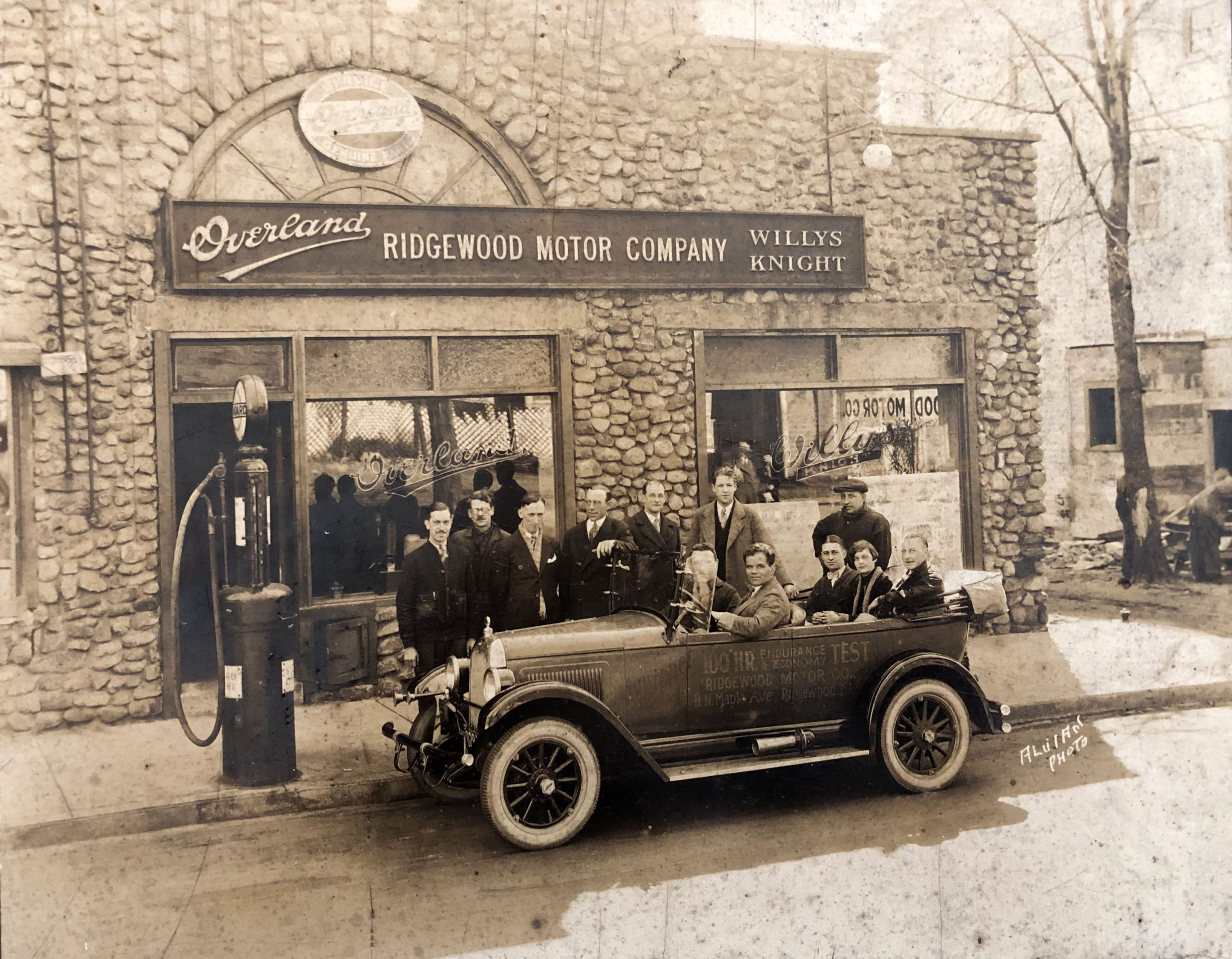 Ridgewood Motor Co. N. Maple Ave